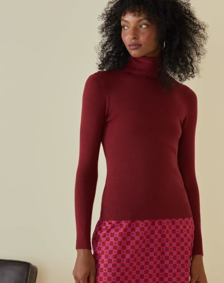 SUÉTER TURTLE NECK