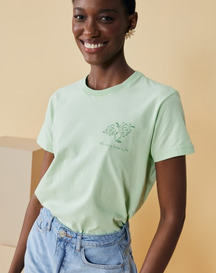 T-SHIRT SLIM WHO IS BRAVE IS FREE