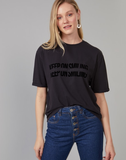 T-SHIRT KEEP ON SMILING