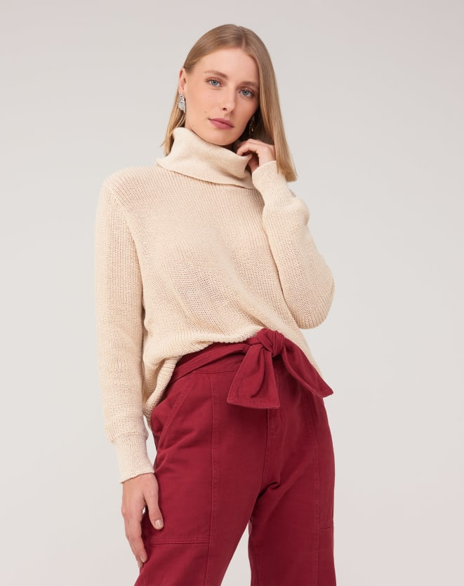 SUÉTER TRICOT OVERSIZED GOLA ALTA LISO