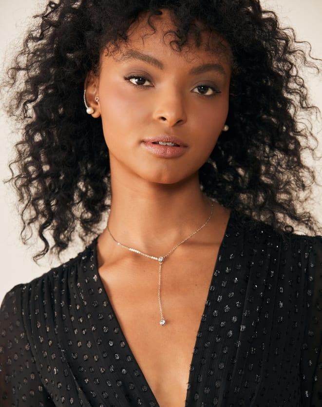 BRINCO EAR CUFF PÉROLA E CRISTAL