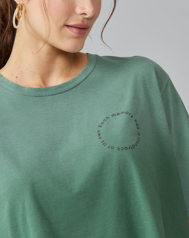 T-SHIRT CROPPED SOUNDTRACK